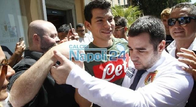 Lozano con la maglia del Napoli