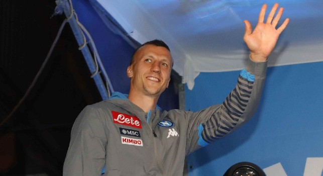 Vlad Chiriches, difensore rumeno del Napoli