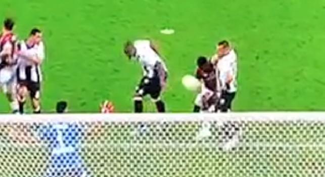 Braccio di Samir in Udinese-Milan, l'arbitro non concede penalty al VAR: è già caos sul nuovo regolamento [VIDEO]