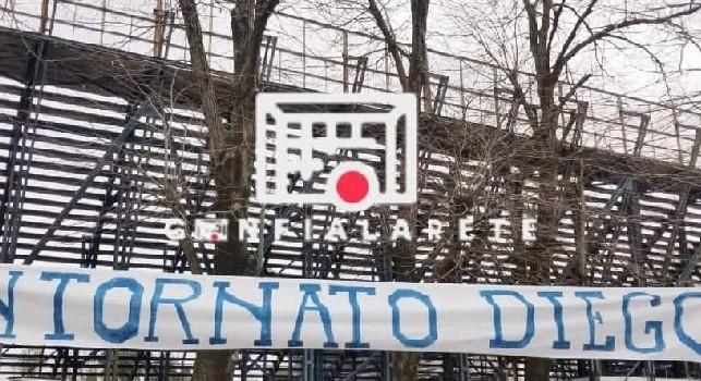 Maradona al Gimnasia La Plata, spunta uno striscione in italiano: Bentornato Diego [FOTO]