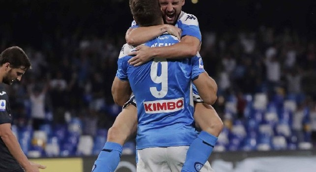 Napoli-Liverpool, l'intera azione del gol di Llorente ripresa dalla Curva: che meraviglia! [VIDEO]