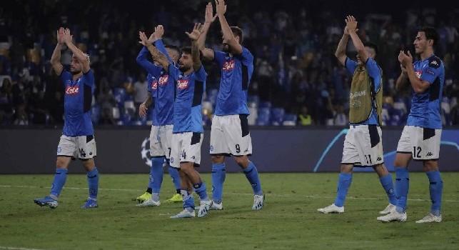 IL GIORNO DOPO Napoli-Liverpool...tremano i nuovi arredi del San Paolo, Callejon deve rinnovare. E' la vittoria di Ancelotti
