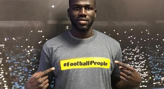 SSC Napoli su Twitter: Fieri di supportare la campagna Football People contro la discriminazione nel calcio