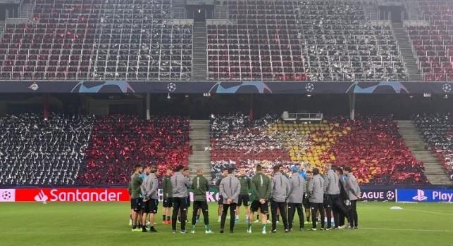 Red Bull Arena, il report dell'allenamento serale del Napoli: torelli a gruppi e partitella a campo ridotto