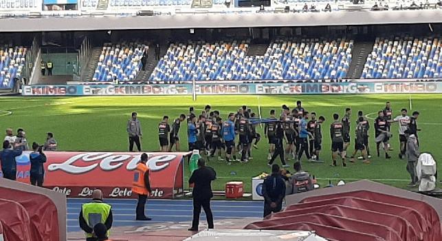 Allenamento al San Paolo, i pochi tifosi riempiono di offese gli azzurri. Edo De Laurentiis in Tribuna Autorità. Bersagliato Insigne: Vattene! [FOTO e VIDEO CN24]