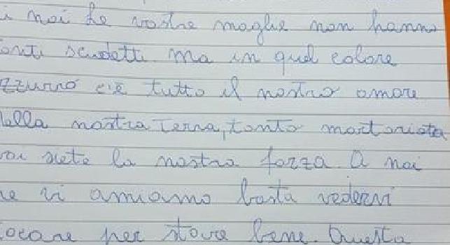 La piccola Aurora scrive una lettera ai calciatori del Napoli: Voi siete la mia forza!, messaggio commovente [FOTO]