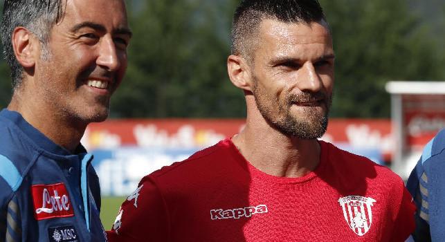 Sky - Maggio rescinde con il Benevento, l'ex Napoli terminerà la stagione con la maglia del Lecce