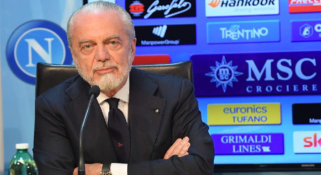 De Laurentiis: Ibrahimovic? Ci abbiamo pensato con Ancelotti, ora ho altre priorità. Mertens? Può andare ovunque tranne che in Italia. Su Insigne... [VIDEO]