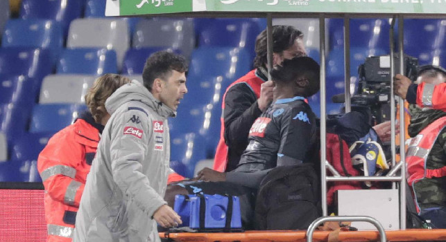 Infortunio Koulibaly, prima diagnosi SSC Napoli: sospetto stiramento al bicipite femorale destro