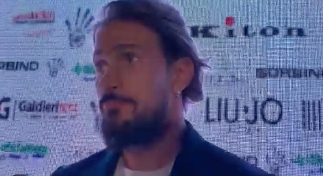 Floro Flores su Gaetano: Lo stanno rovinando! Ma Ancelotti l'ha trattenuto per raccogliere i palloni?