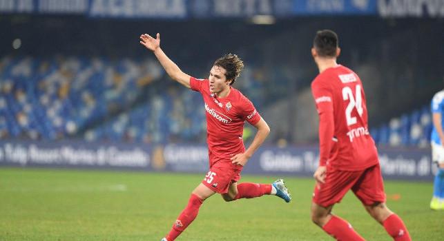 Napoli-Fiorentina 0-1, Chiesa batte Ospina: scivolone difensivo degli azzurri, viola in vantaggio