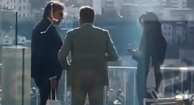 Politano-Napoli, Giuntoli lascia l'Hotel dopo l'incontro con gli agenti: filtra ottimismo! Nessuna dichiarazione del ds azzurro [VIDEO]