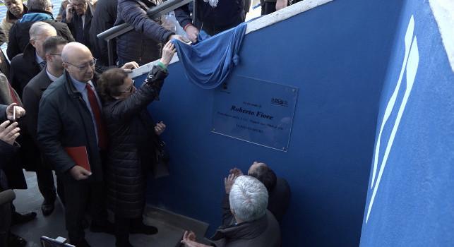Napoli-Juventus, collocata in Tribuna Posillipo una targa in ricordo dell'ex presidente del Napoli Fiore [FOTO]