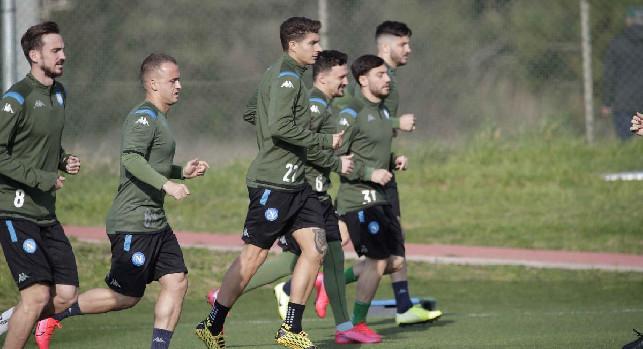 Il Napoli ha già pianificato il ritorno a Castel Volturno! CorSport: il club s\'è già informato con i laboratori per i test rapidi sui contagi