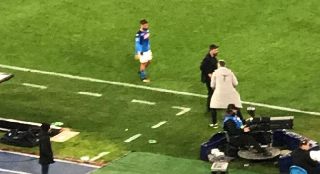 Problemi fisici per Insigne a fine gara: il capitano azzurro abbandona il campo zoppicando vistosamente [FOTO CN24]