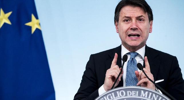 Crisi Covid, Conte annuncia: Blocco dei licenziamenti prolungato fino a marzo