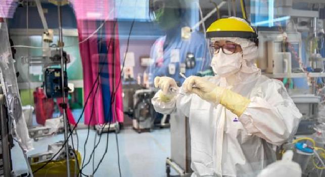 Coronavirus, esiste il farmaco della speranza: ora anche l'Italia lo vuole produrre
