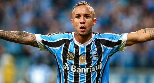 Sportmediaset - Everton-Napoli, il Gremio spinge per la cessione: gli azzurri frenano per lo slot extracomunitari