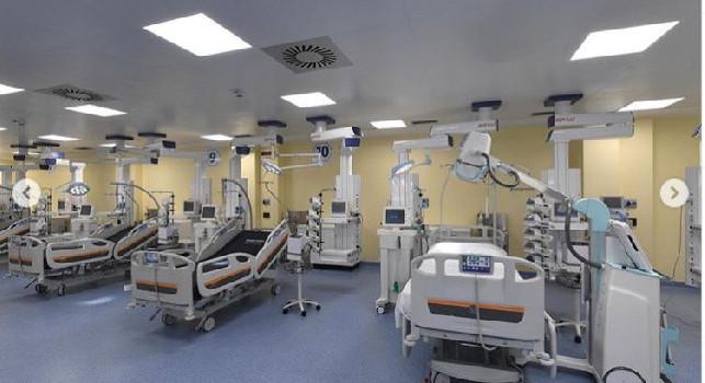 Covid a Napoli, l'allarme dell'ordine dei medici: Si rischia la sfilata di bare come a Bergamo