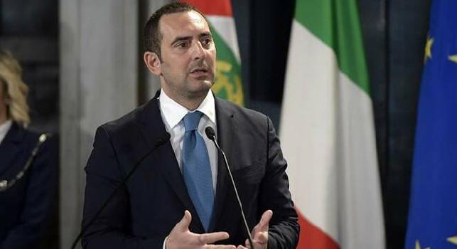Ministro Spadafora: Sport amatoriale al via dal 15 giugno, risolta questione su arbitri ed indennità