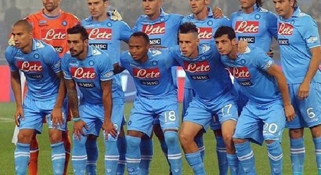 Zuniga ricorda il suo Napoli e posta un'immagine: Che banda! [FOTO]