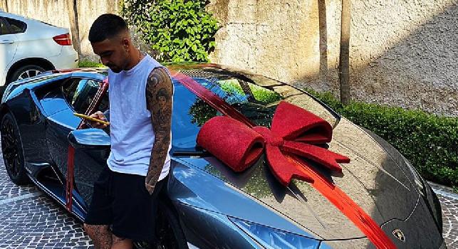 Nuovo bolide per Insigne, una Lamborghini in regalo per il suo compleanno [FOTOGALLERY]