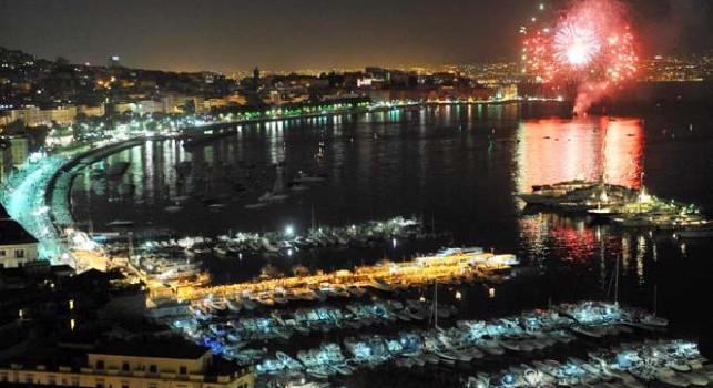 Sembra Capodanno, ma è il 17 giugno dopo il trionfo in coppa Italia: spettacolo pirotecnico in tutta Napoli! [VIDEO]