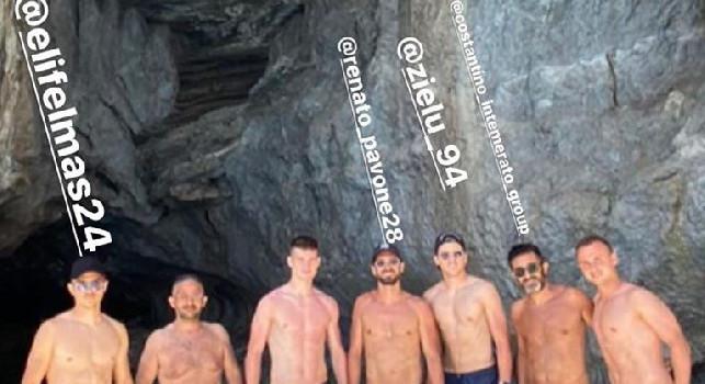 Day off per il Napoli: Lobotka, Elmas e Zielinski si godono una giornata in Barca a Capri [FOTO]