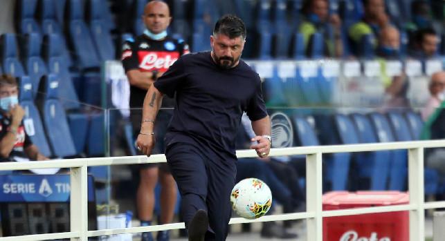 Arriva il Milan al San Paolo, Gattuso cambia il Napoli. Cdm: cinque novità rispetto al Genoa