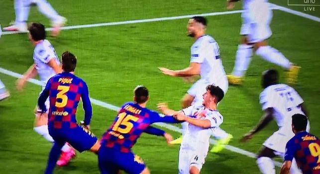 Gol del Barcellona! Lenglet segna dopo aver spinto Demme, il check del VAR convalida