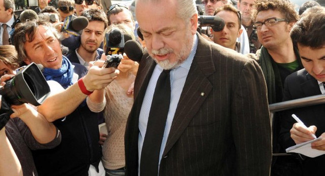 De Laurentiis positivo al Covid-19, Repubblica accusa: Sintomi da giorni, ma si giustificava con gli altri per 'indigestione da ostriche
