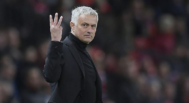 Tottenham, Mourinho caustico su Osimhen: Se un attaccante ha paura della concorrenza, non fa per noi! Non sono io a dover convincerlo...