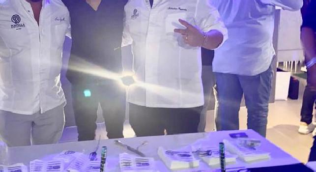 Chi non salta juventino è: party d'addio per Allan, torta gigante di Poppella e ospite d'onore Andrea Sannino [FOTO & VIDEO]