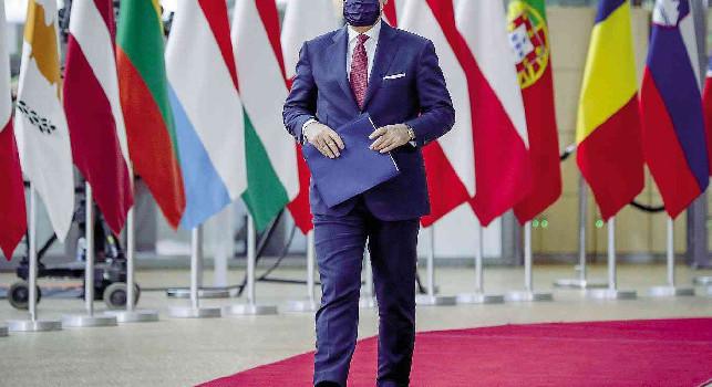 Contagi in aumento, il premier Conte: Governo pronto ad intervenire se necessario