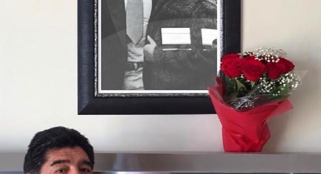 Maradona: Tanti auguri mamma, ti amo, mi manchi, auguro di cuore: una felice giornata a tutte le mamme
