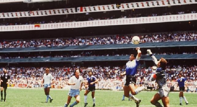 Senza Maradona nessuno ti conoscerebbe!: Gascoigne zittisce Shilton dopo le parole su Diego