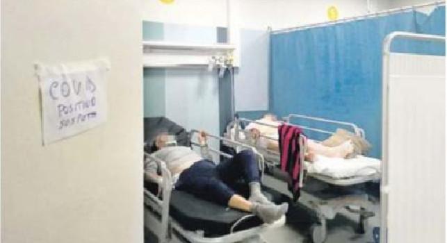 Emergenza Covid, a Napoli malati divisi dalle tende: pronto soccorso in tilt