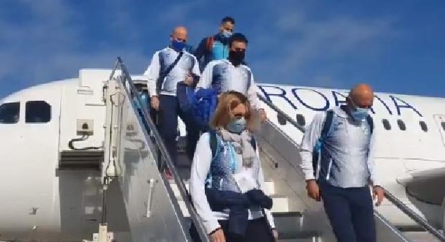Napoli-Rijeka, la squadra di Rozman è appena atterrata a Capodichino [VIDEO]