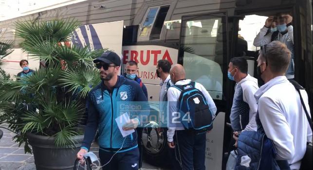 Il Rijeka arriva a Napoli: il bus dei croati rischia un piccolo incidente all'arrivo in hotel [FOTO E VIDEO CN24]
