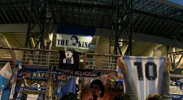 Troppa folla, rischio contagi: la passione si è spinta oltre la ragione, scatta l'allarme dei medici dopo il Maradona day a Napoli