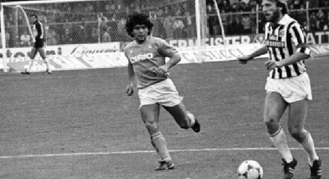 """""""Grazie per il gol all'Inter!"""", Meco Agostini ricorda Maradona: """"Si complimentò perché <i>consegnai</i> il primo scudetto al Napoli. Con le sue scarpe ho fatto la rete più bella dell'Ascoli"""" [ESCLUSIVA]"""