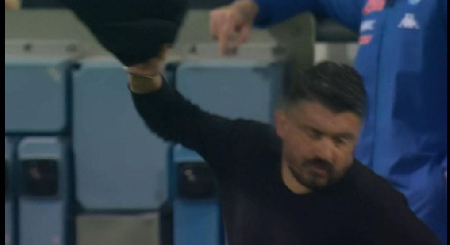 Sassuolo-Napoli, gesto di stizza di Gattuso per la vittoria sfumata [FOTO]