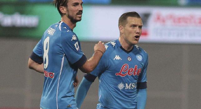 Uno-due pazzesco del Napoli: Fabian Ruiz mette palla all'incrocio dei pali a giro, è 2-0!