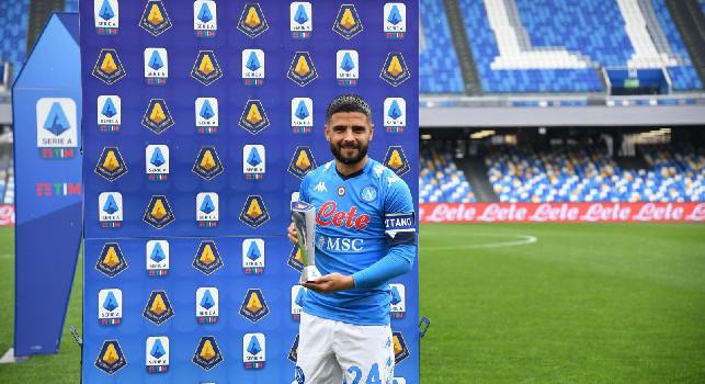 Lorenzo Insigne MVP della Serie A a marzo: il capitano premiato prima di Napoli-Crotone [FOTOGALLERY]
