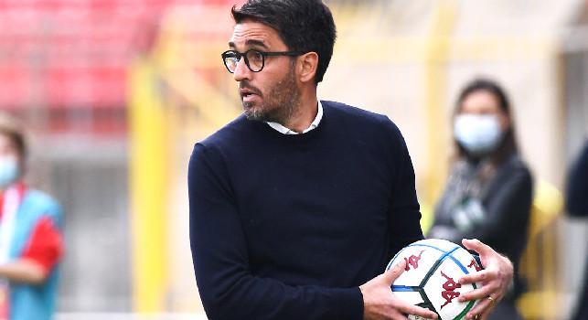 Brescia-Pescara, malore in panchina per Grassadonia: il tecnico sviene, gioco fermato