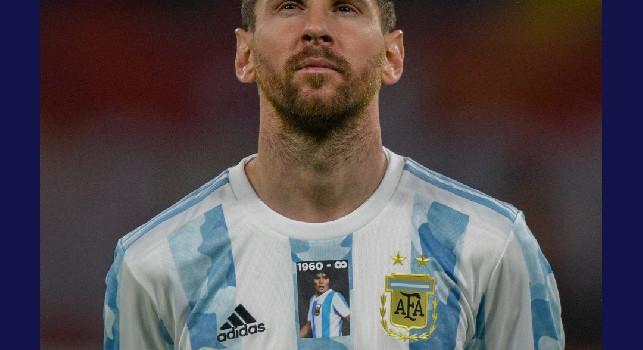 L'omaggio di Messi per Maradona, maglietta speciale per la partita dell'Argentina [FOTO]