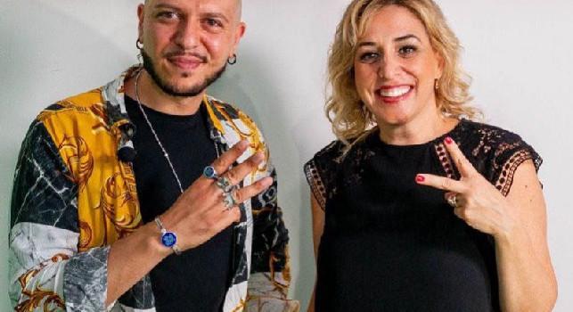 """Il cantautore Marco Sentieri presenta il suo ultimo singolo """"Alimentali"""" su CalcioNapoli24 Tv"""