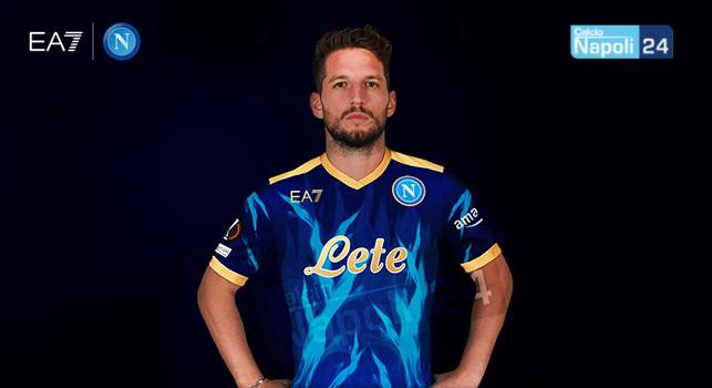 Nuova maglia SSC Napoli EA7: colore blu