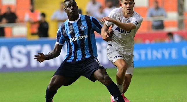 Besiktas avanti 3-0, Balotelli entra e guida la rimonta dell'Adana Demirspor: finisce 3-3
