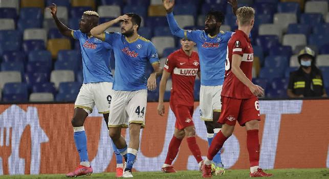 La sfida tra Napoli e Torino sembra cadere nel segno delle corna. Tuttosport: il gesto scaramantico è stato adottato da un calciatore azzurro